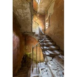Urbex escalier ocre