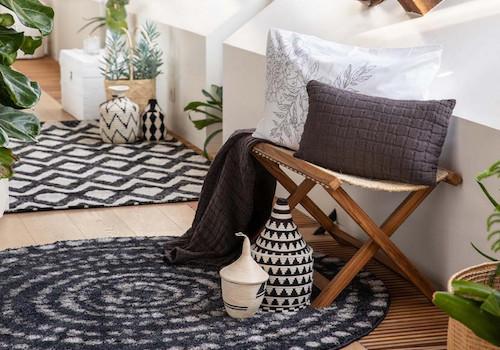 comment choisir tapis intérieur couleur forme