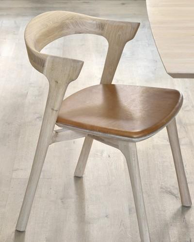 fauteuil de table chene cuir cognac ethnicraft